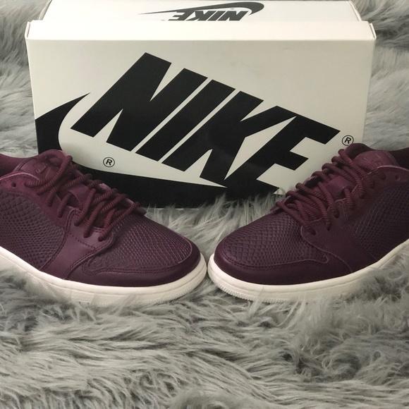 Nike Air Jordan Shoes   Womens Air